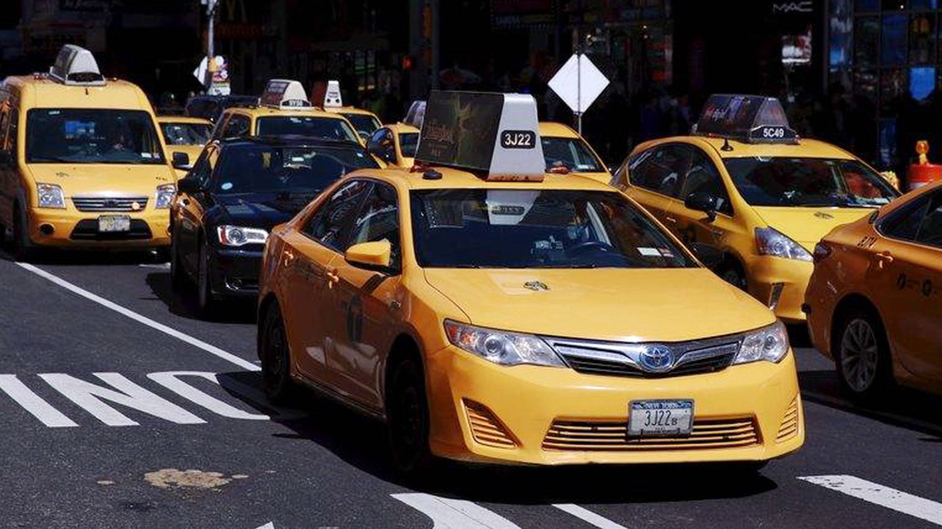 Nyc taxi drivers stage airport strike to protest trump s inhumane cruel executive order - Order a cab ...
