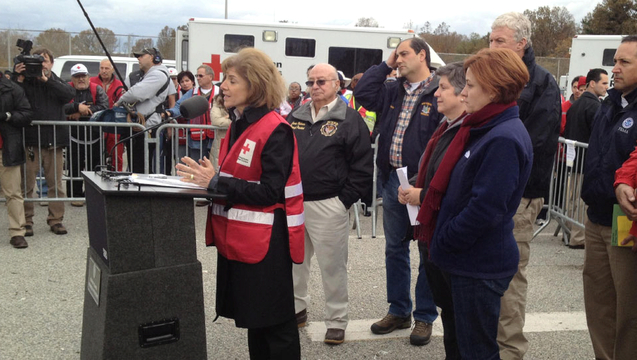 Red cross presser