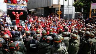 S7 venezuela clash