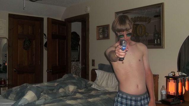 Roof gun