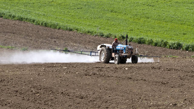 Seg3 pesticide spraying 2
