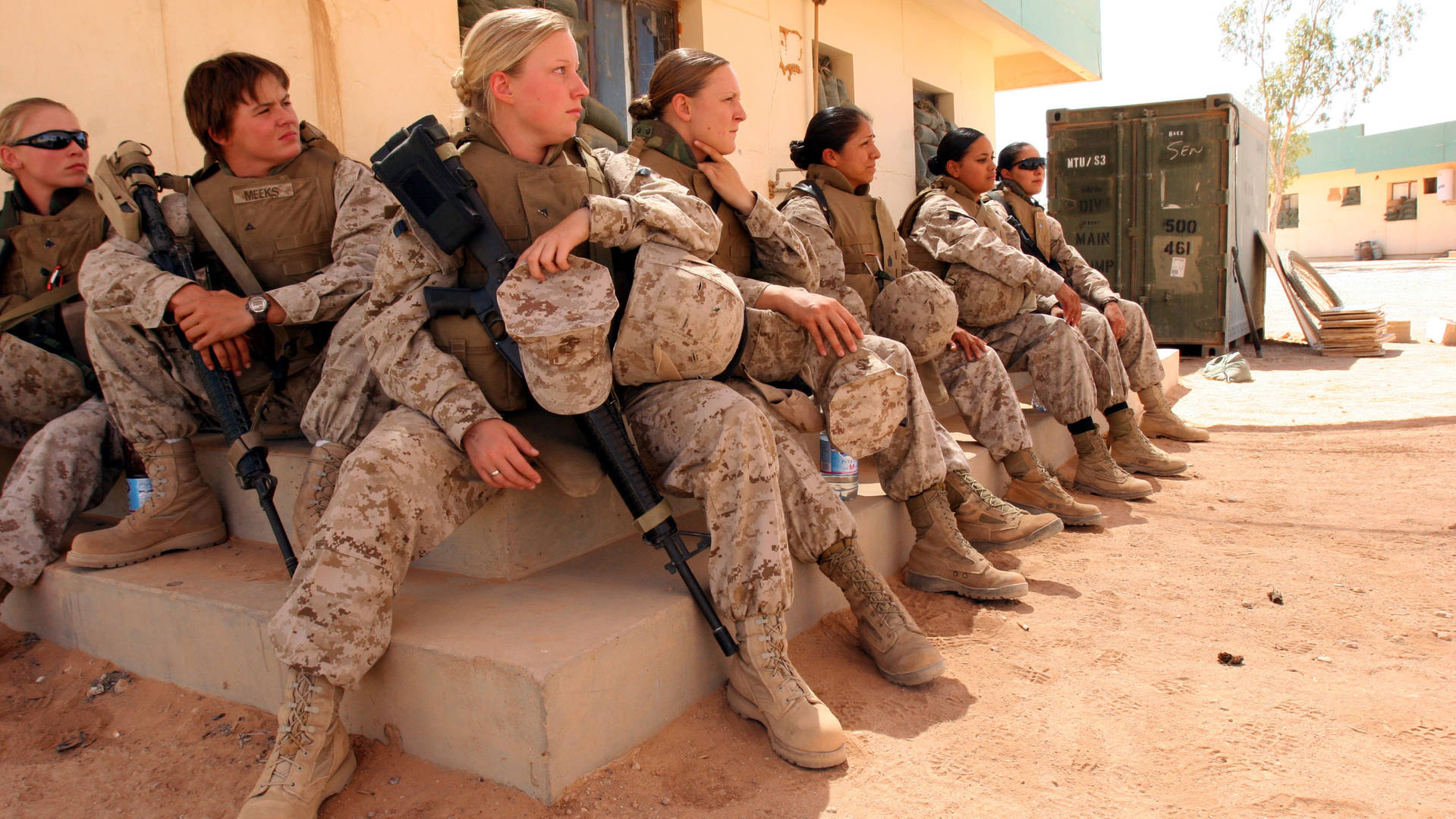 an examination of the role of women in military Today, more than 200,000 women serve in the united states military by removing the ground combat ban on women, the us military hopes to make all combat roles gender neutral this means that if a soldier—male or female—meets the physical requirements necessary for a combat role, he or she will be allowed to serve in that role.