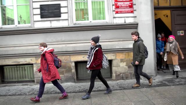 Seg climatestrike schoolwalkout 2