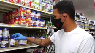 Seg3 pr grocery shopper masked