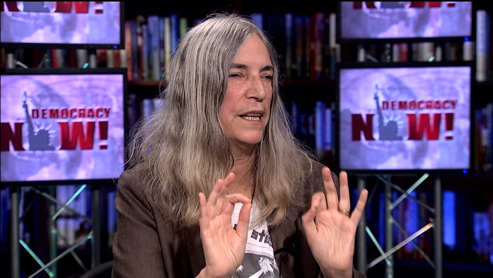 "Legendary Patti Smith on Her New Memoir ""M Train"" & National Book Award Winner ""Just Kids"""