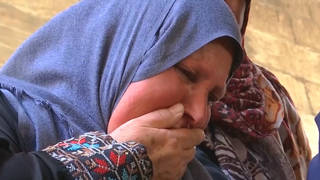 Seg1 gaza funeral mourner