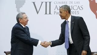 Cuba us castro raul obama handshake panama summit