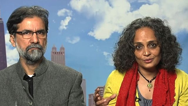 A New Intifada in Kashmir? Arundhati Roy & Sanjay Kak on the World's Most Densely Militarized Area