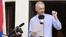 Julian-assange-ecuador-embassy-1