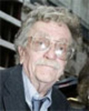 Novelist Kurt Vonnegut Dies At 84 Democracy Now
