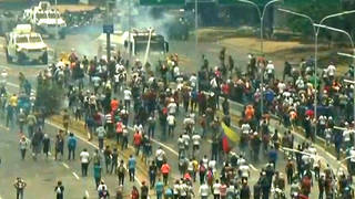 Seg1 venezuela street protests 3