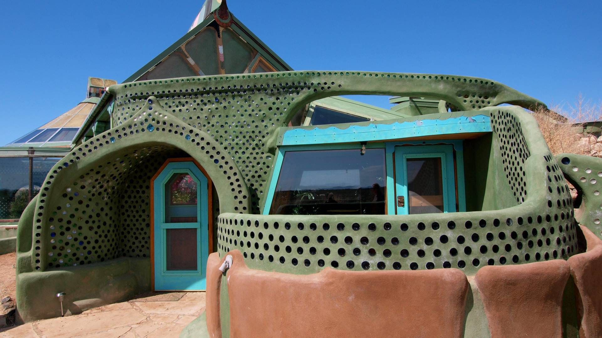 Earthship biotecture renegade new mexico architect s for Self sufficient house plans