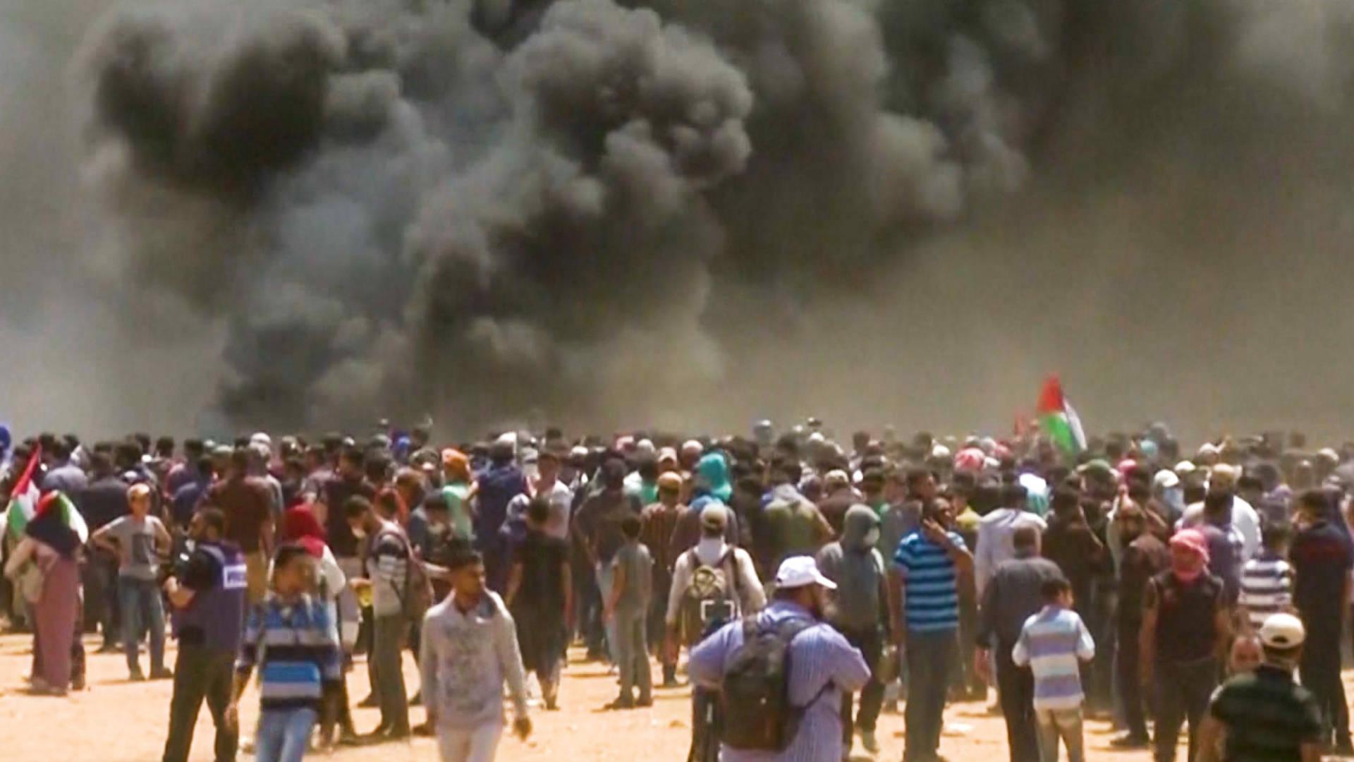 Gaza: Israeli Soldiers Kill 30+ Palestinians Protesting Nonviolently as U.S. Opens Jerusalem Embassy
