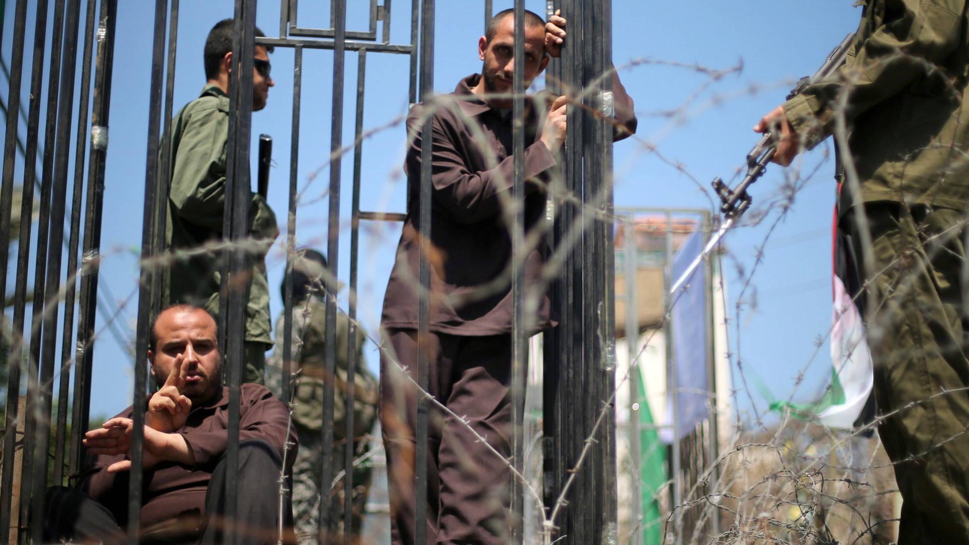 BDS Leader Omar Barghouti Dedicates His Gandhi Peace Award