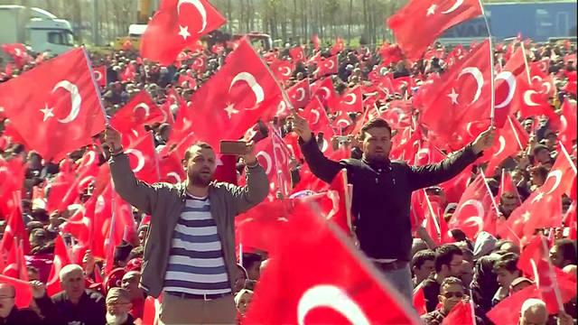 Seg1 turkey protests 1