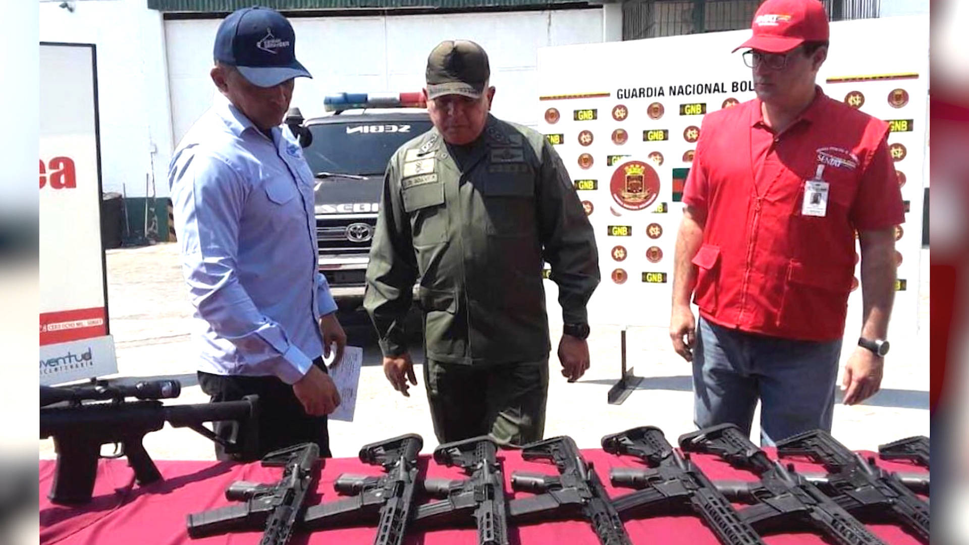Venezuela Accuses U S  of Secretly Shipping Arms After