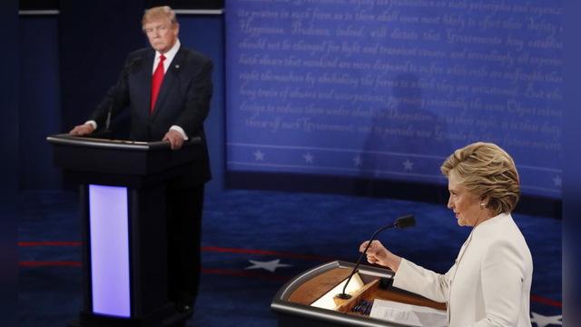 S02 roe v wade debate stage
