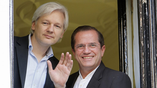 Julian-assange-ecuador-embassy