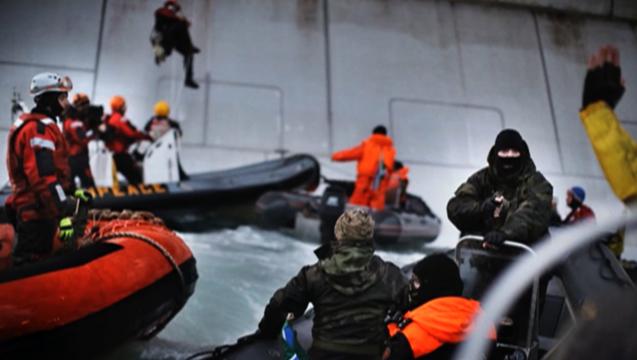 Arctic 30 greenpeace raid russia gazprom
