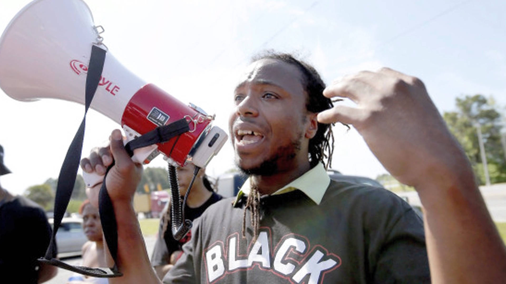 Black Lives Matter Activist Muhiyidin d'Baha, Who Grabbed ...