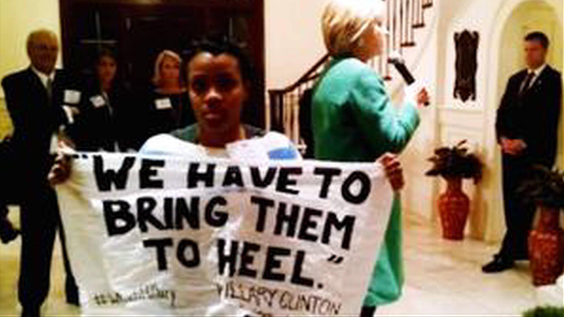 #blacklivesmatter Activist Demands Apology From Clinton For
