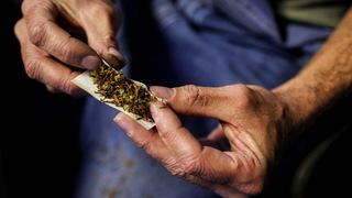 S3 marijuana rolling