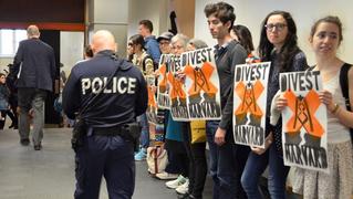 Harvard heat week divestment fossil fuels 5